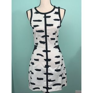 Banana Republic Dress Size 0 New with Tag